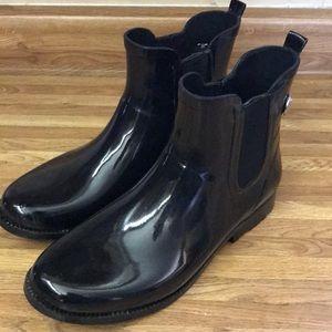 Black Michael Kors Chelsea rain boots